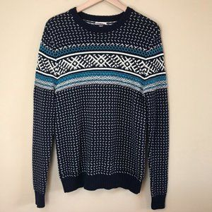 Knit Sweater Blue with winter detailing
